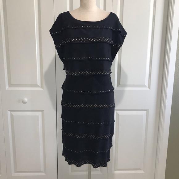 BCBGMaxAzria Dresses & Skirts - 💘 BCBGMAXAZRIA Navy & Gold Dress Size Small
